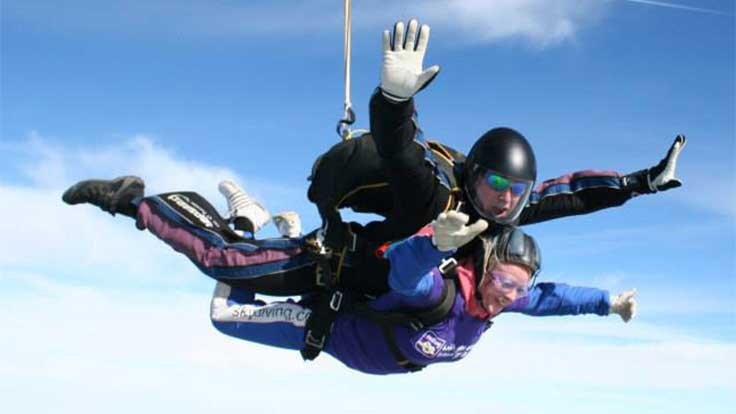 An Asthma UK supporter taking part in a tandem skydive