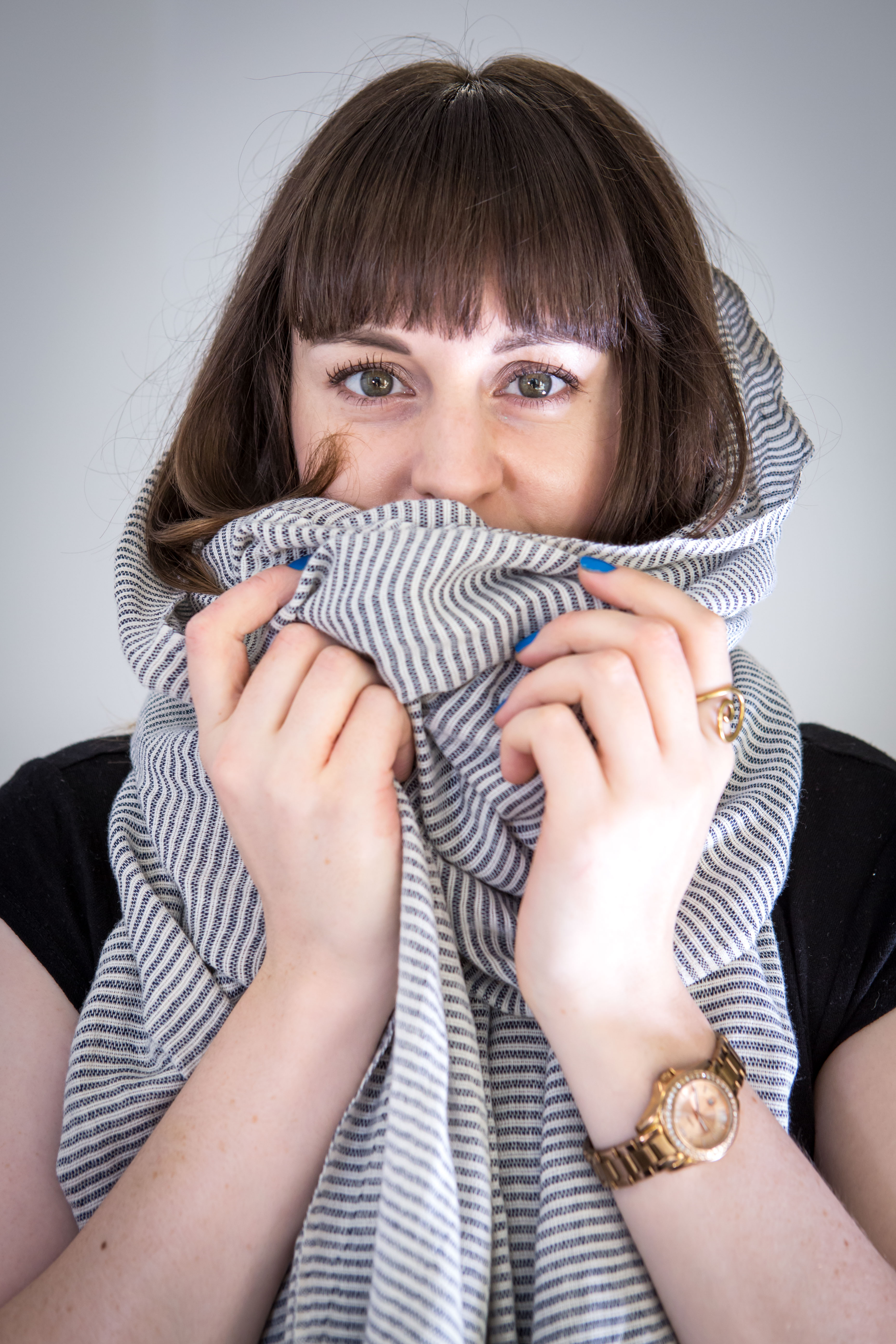 People with asthma say wearing a scarf over their mouth and nose and keep asthma attacks at bay